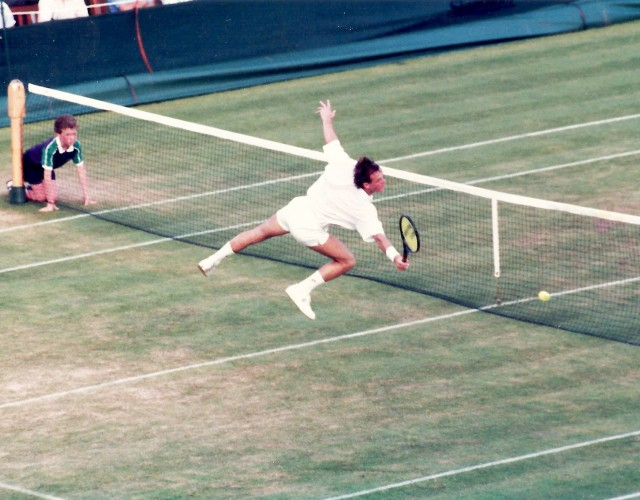 Wimbledon Volley
